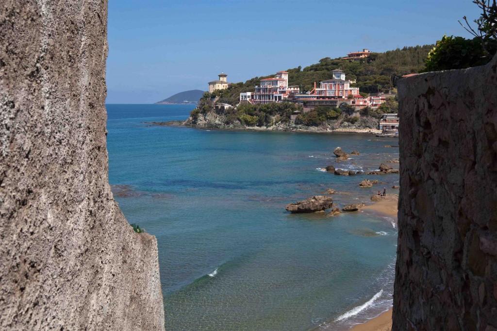 Bagno Conchiglia Castiglioncello : Bagno la conchiglia castiglioncello appartamenti torre medicea